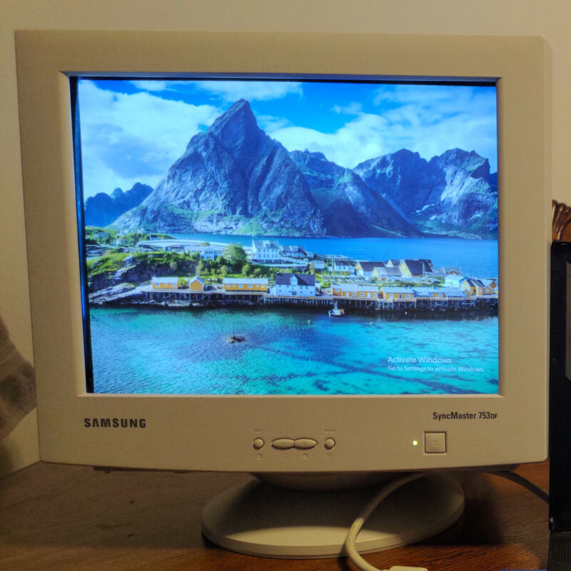 Samsung SyncMaster 753DF CRT PC Monitor, Excellent Condition, Tested to Work