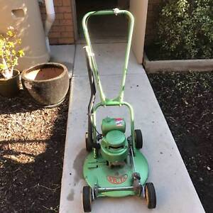 """Victa 18"""" 'Toe Cutter' Lawn Mower (2 of 2 for sale) Altona Meadows Hobsons Bay Area Preview"""