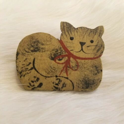 Vintage Wood Cat with Bow Brooch Pin Hand Painted Signed 2723