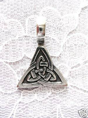 Solid Pewter Celtic Knot (SOLID PEWTER CELTIC DOUBLE TRI KNOT PENDANT)