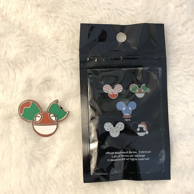Deadmau5 Series 3 Enamel Pin Holiday Gingerbread Cookie Mau5 RARE Lapel Pin /300