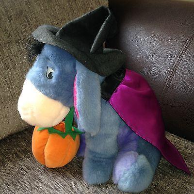 Disney Pumpkin Witch Eeyore Holding Cauldron / Halloween 14