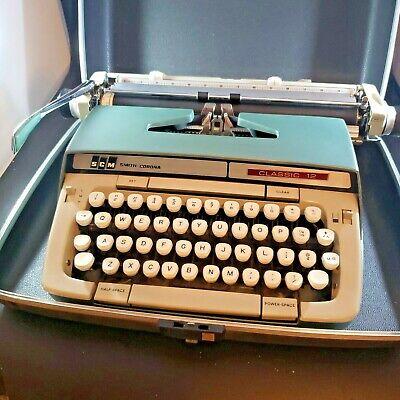 SCM Smith Corona CLASSIC 12 Manual Typewriter Green with Hard Case, CURSIVE Font