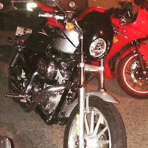 2006 Harley 883 mint only 21000km new tires and exhaust