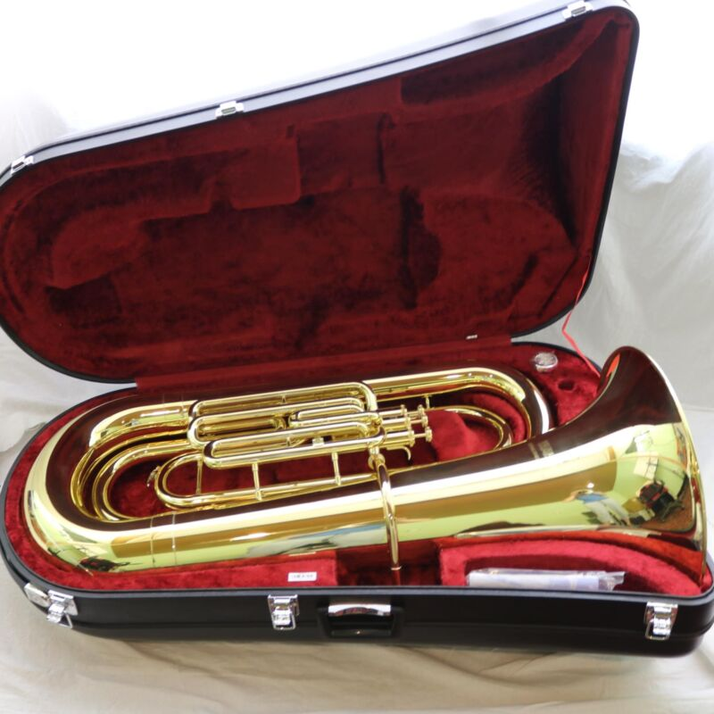 Yamaha Ybb-201wc Full Size Tuba In Lacquer Mint Condition! Wow!