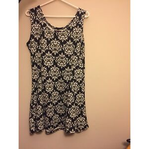 Women's clothing! Offers may be considered