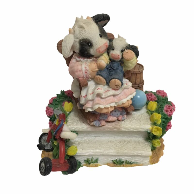 """Mary Moo Moos """"Mothers Make It All Butter"""" Figurine No. 354"""