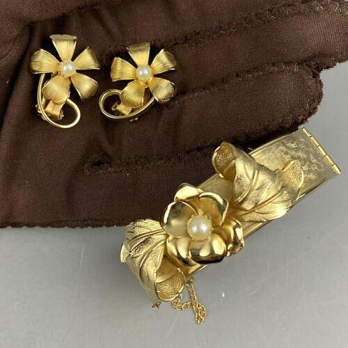 Vintage Bracelet Matching Clip On Earrings Brushed Gold Pearl Flower