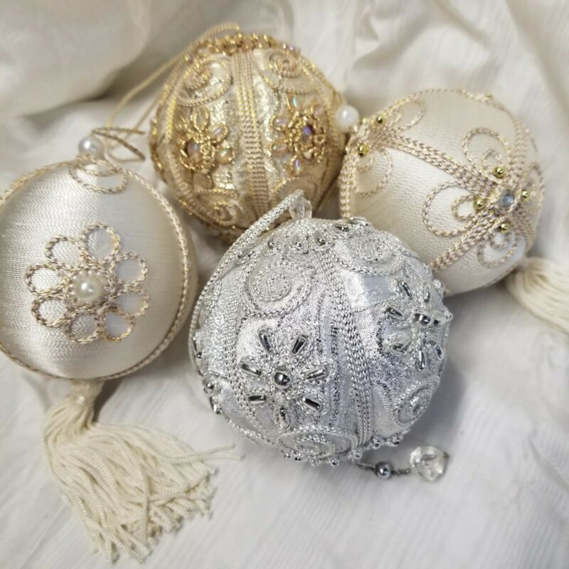 Lot of 4 Vintage Victorian Style Christmas Ornaments Balls Lace Jewels