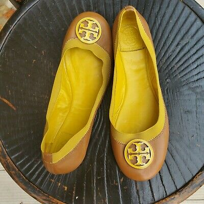 Tory Burch Ballet Flat Beige & Yellow. Leather Shoes Size 8 enamel and gold logo