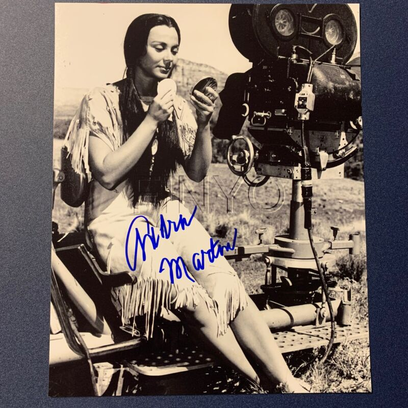 ANDRA MARTIN HAND SIGNED 8x10 PHOTO ACTRESS YELLOWSTONE KELLY AUTOGRAPHED COA