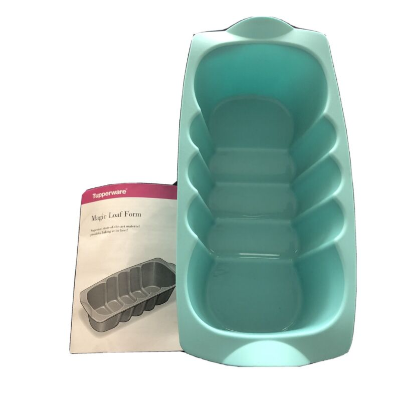 Tupperware Turquoise Silicone Baking Magic Loaf Form Pan Bread Maker *Hostess*