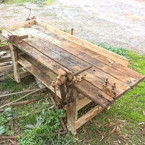 Massive, heavy vintage work bench with Blacksmith leg & Dawn vice Truro Mid Murray Preview