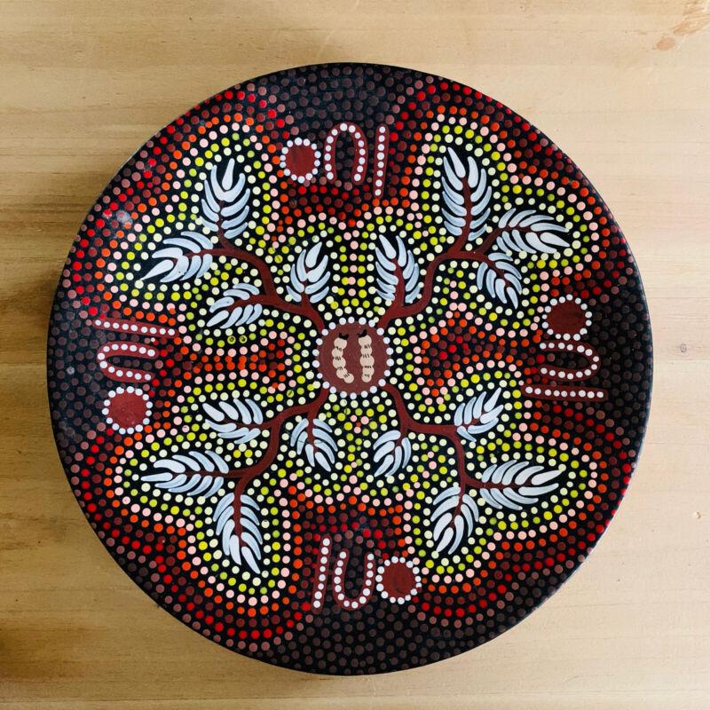 Australian Aboriginal Art Plate Hand painted Caterpillars Dots 6.5 Inches