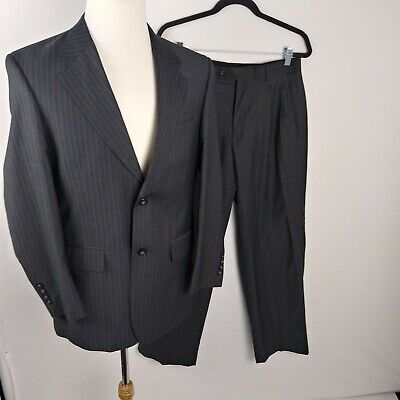 Wall street Mens Size 38s Gray Pin Stripe Suit BD