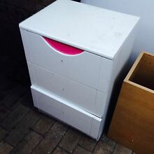 2 Used Drawers Doonside Blacktown Area Preview