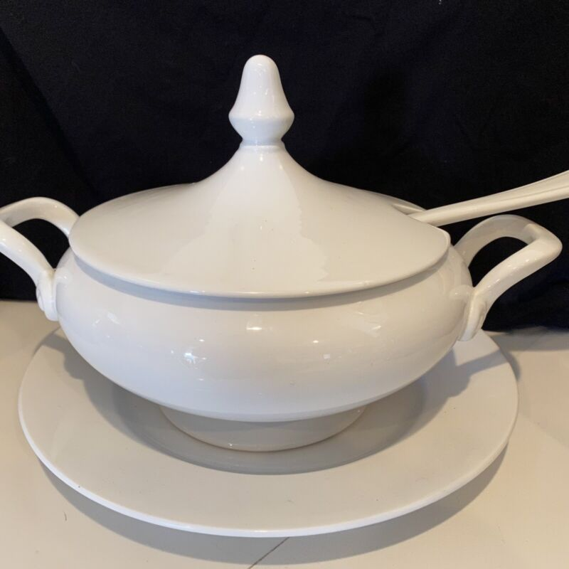Vintage Laveno All White Soup Tureen With Ladle And Plate Made In Italy