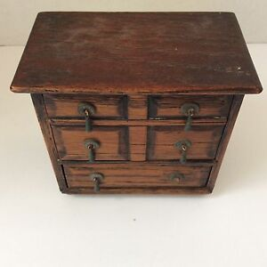 OLD MINIATURE CABINET HURST ANTIQUES STORE SAMPLE  DOLL FURNITURE