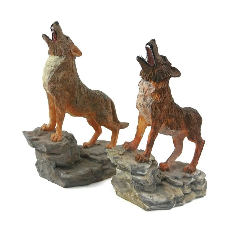 Howling Wolf Coyote Statue Figurine Standing Rock Resin Wild Dog