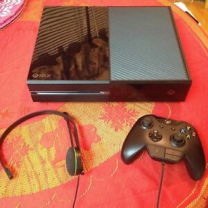 XBOX ONE CONSOLE 500GB w/5 GAMES