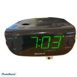 Sony Dream Machine FM AM CD Dual Alarm Clock Radio Model ICF-CD815 Tested Works