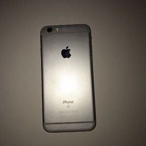 iPhone 64gb Southport Gold Coast City Preview