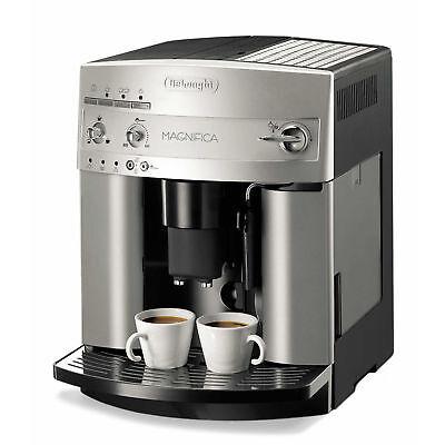 DeLonghi Kaffeevollautomat ESAM 3200.S Magnifica Silber/Schwarz - Vorführgerät