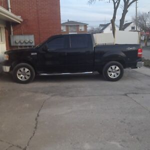 2006  Ford crew xlt. 4200 .00 obo