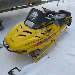 2001 Ski-Doo MXZ 670