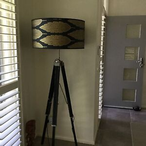 Floor lamp Castle Hill The Hills District Preview