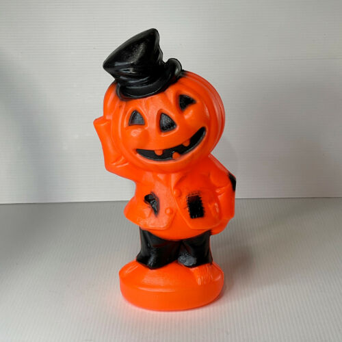 Vintage 14 Inch Lighted Blow Mold Pumpkin Scarecrow Halloween Tested and Working