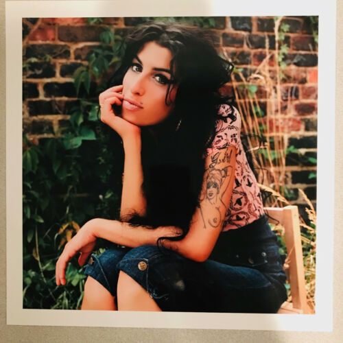 AMY WINEHOUSE PICTURE SET (11.5 X 11.5)