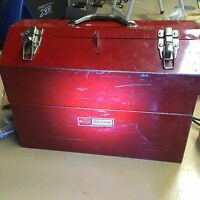 Craftsman cantilever tool chest