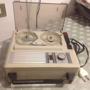 Magnetofono-Castelli-a-bobine-Vintage