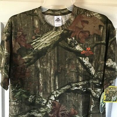 New Mossy oak X-Large men's short sleeve shirt....