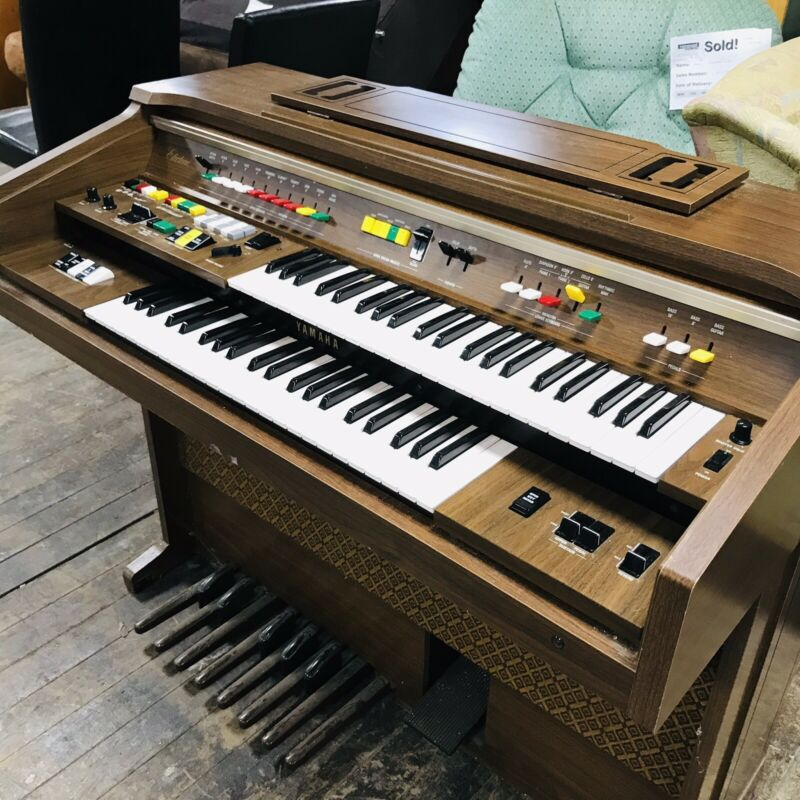 Yamaha Electone Electronic Organ B 55N 1982 Model Good Condition