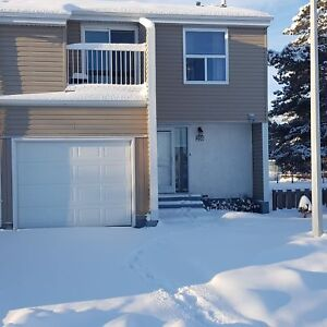 259 Chateau Place NW 2 Story Townhouse Condo in Belmead E4137497