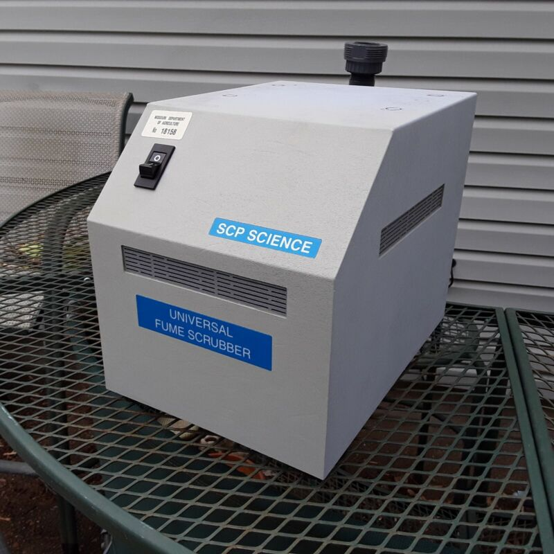 SCP Scientific Universal Fume Scrubber Mark II W/Accessories