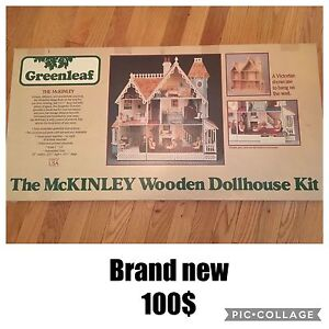 MCKINLEY WOODEN DOLLHOUSE AND MINIATURES
