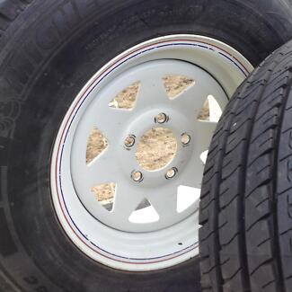 """Sunraysia Ford rims 14"""" and 3 x 195R14C Michelin Kootingal Tamworth City Preview"""