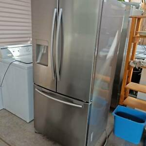 Samsung SRF579DLS 579L French Door Fridge, excellent fridge