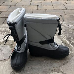 BRAND NEW KangaROOS Winter Boots (Youth 5 / Women's 7)