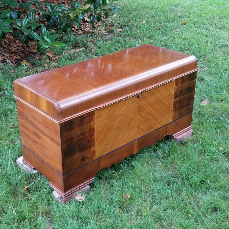 1942 LANE Antique Art Deco Waterfall Bedroom Trunk Cedar Hope Chest Mid-Century