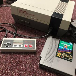 Nitendo Entertainment System with Control + 6 Games!