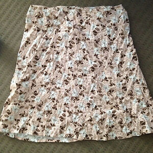 Size 10 Valley Girl  Skirt Richmond Hawkesbury Area Preview