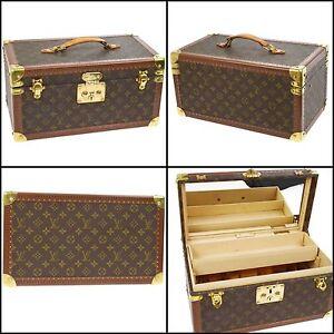 100% Authentic Louis Vuitton Vintage Boite Parmacie Cosmetic Case Carlton Melbourne City Preview