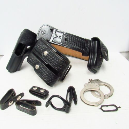 Aker Black Leather Security Utility Duty Belt w/ Cuffs, Holster, Pouches - Sz 30