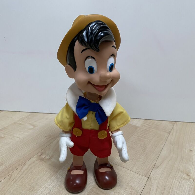 """VINTAGE WALT DISNEY CO PINOCCHIO APPLAUSE VINYL JOINTED DOLL 9.5"""" TOY"""
