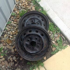 Hyundai x3 excel free parts just come and get them Wollert Whittlesea Area Preview