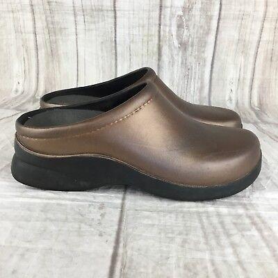 Klogs USA Women's Size 7 Footwear Bronze Slip-on Slip-Resistant Clogs  (Bronze Synthetic Footwear)